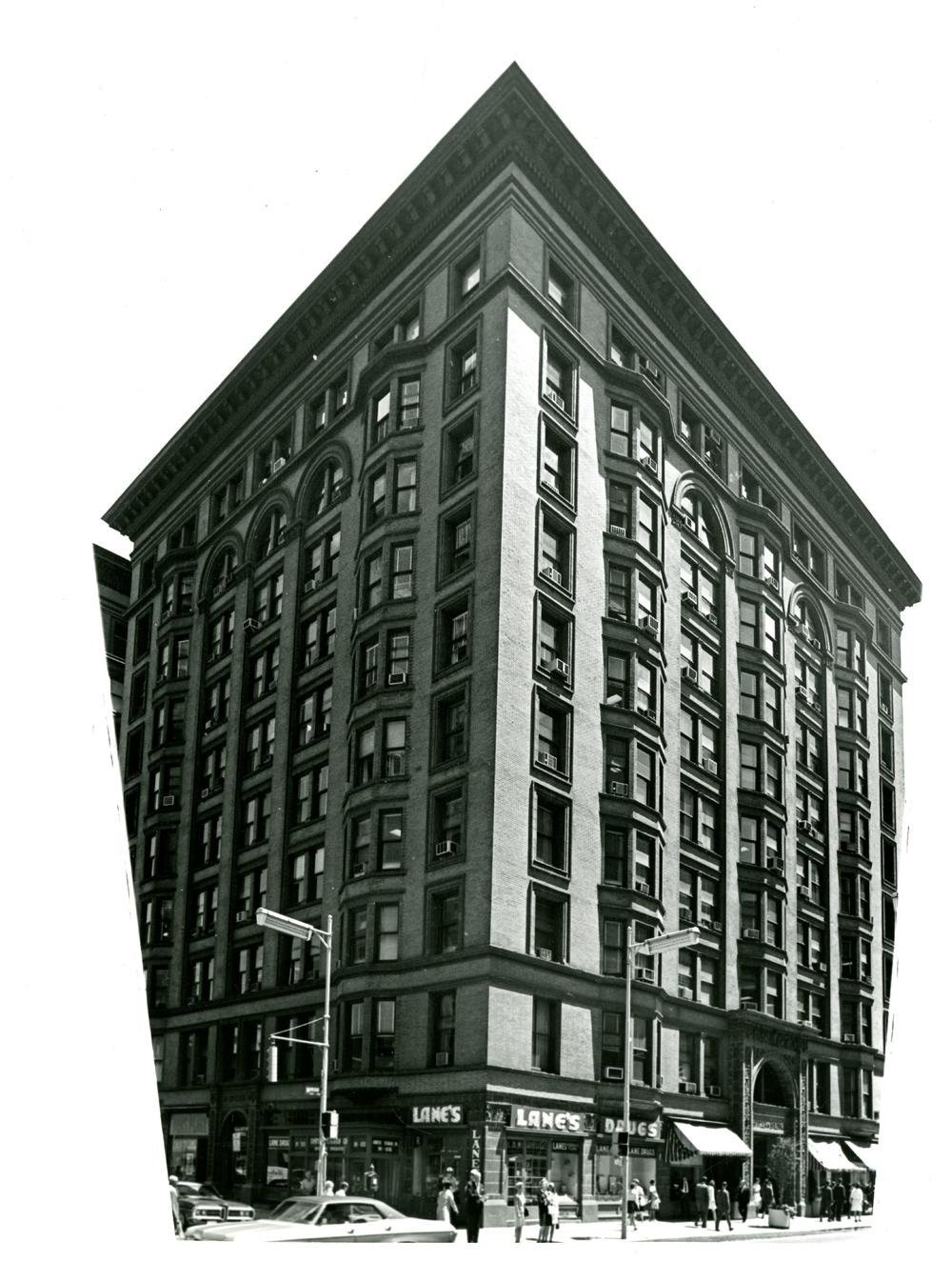 514-526-madison-spitzer-building