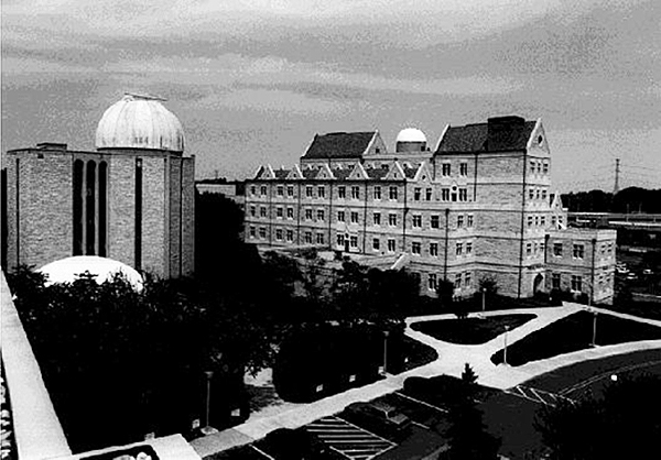 McMaster Hall was dedicated in 1987 as the new home for UT's Physics and Astronomy Department.